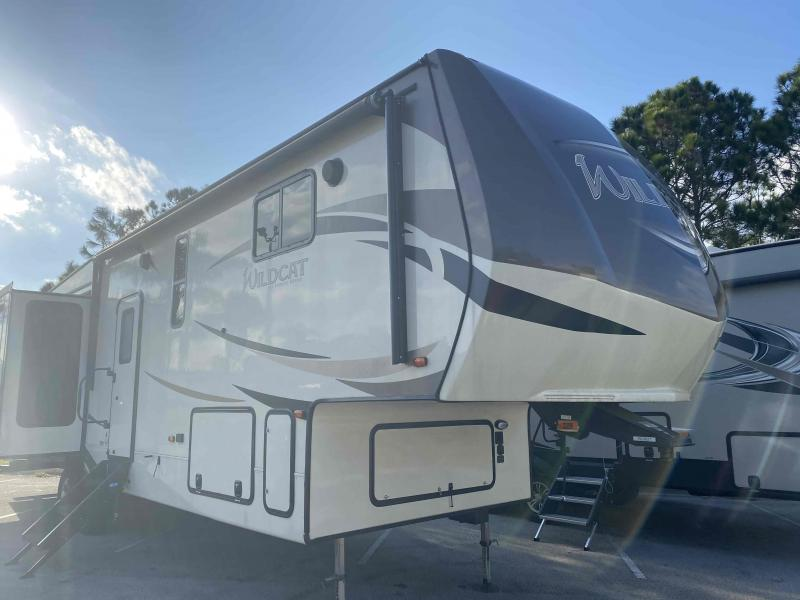 2018 Forest River, Inc.  WILDCAT 34WB