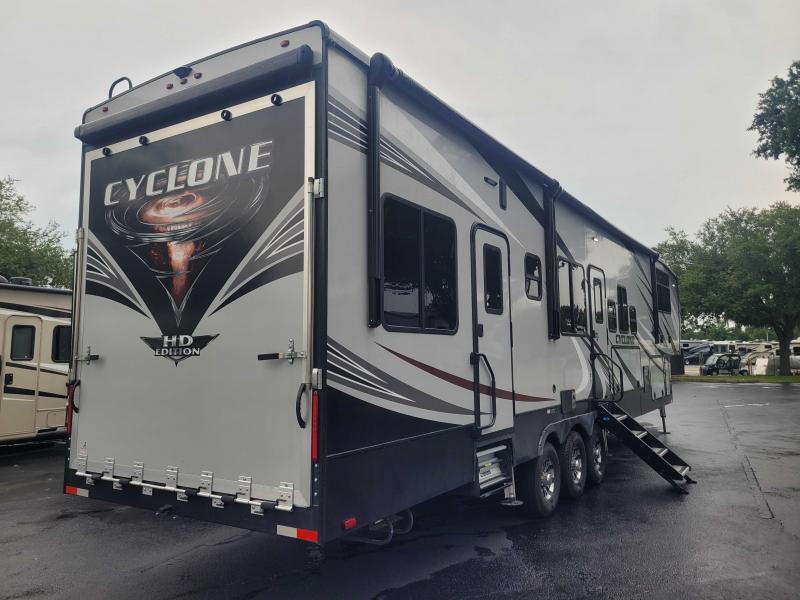 2019 Heartland RV CYCLONE 4007