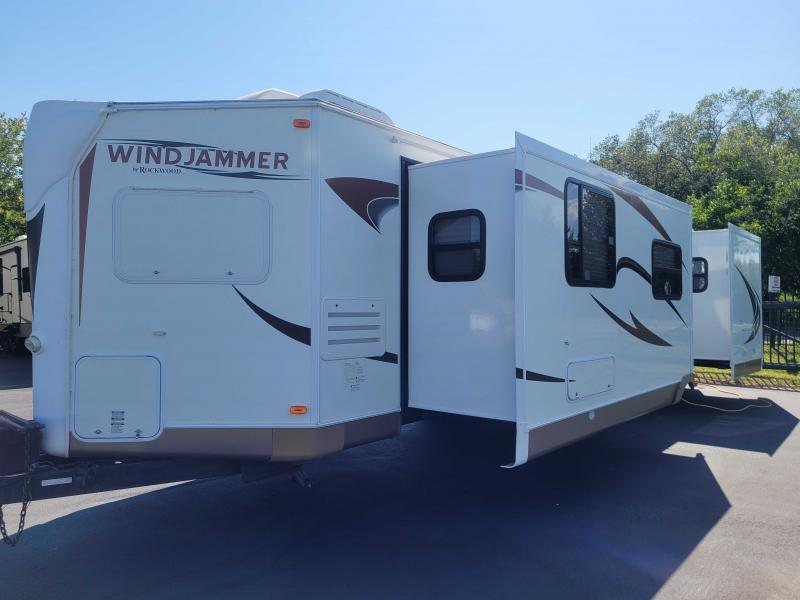2011 Forest River, Inc. WIND JAMMER 8006