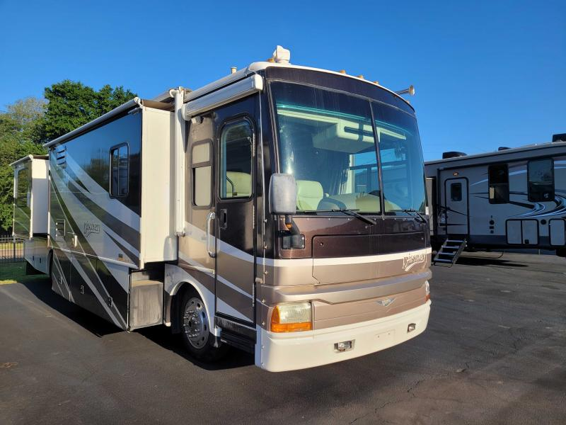 2003 Fleetwood RV DISCOVERY M-39L 330HP