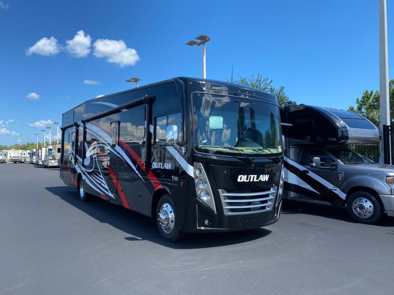 2022 Thor Motor Coach OUTLAW 38KB