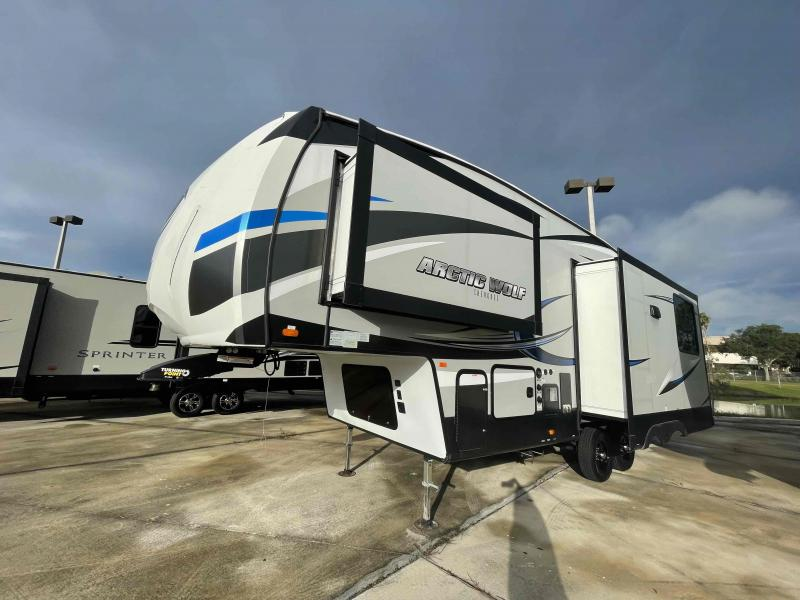 2019 Forest River ARCTIC WOLF 285DRL4