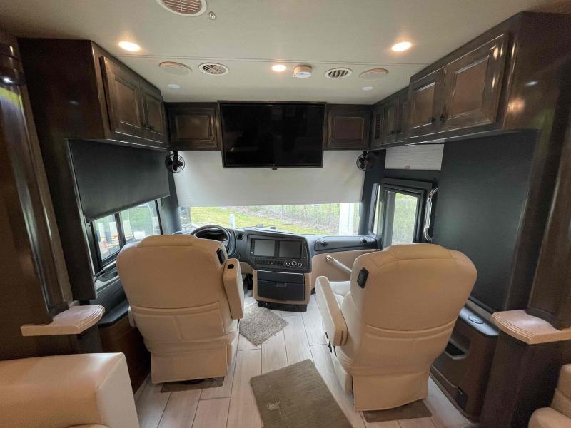 2021 Tiffin Motorhomes BUS 450PP