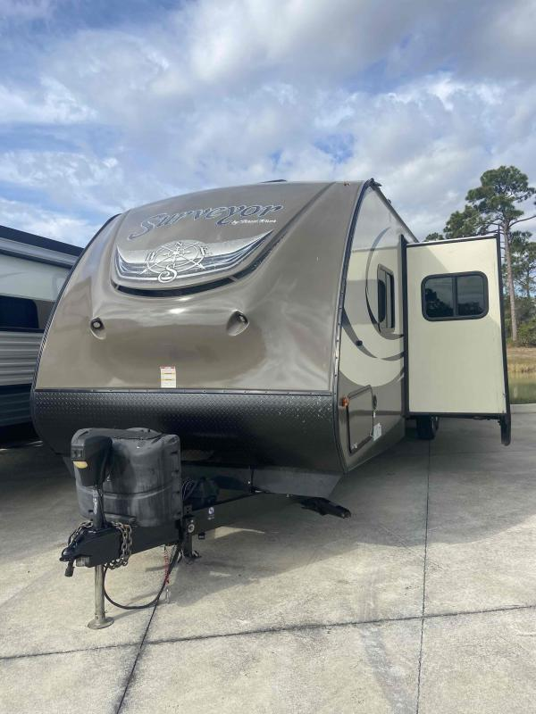2016 Forest River, Inc. COACHMEN SURVEYOR 32BHDS