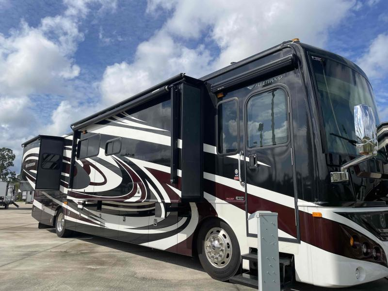 2013 Fleetwood RV EXPEDITION 40X