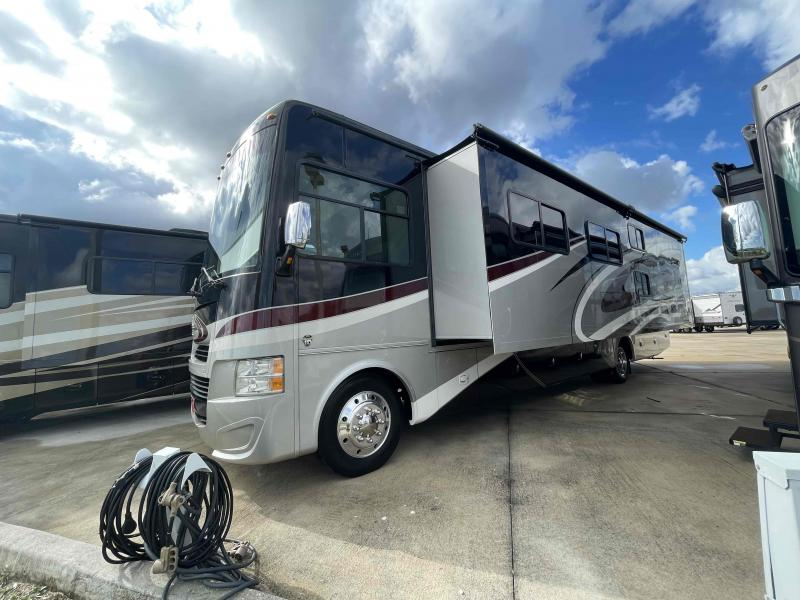 2016 Tiffin Motorhomes OPEN ROAD 36UA
