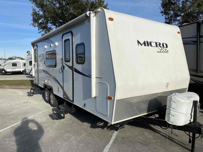 2013 Forest River, Inc.  MICRO LITE 25KS