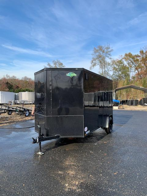 Diamond Cargo 6X10 Enclosed Trailer Black w/Blackout Package