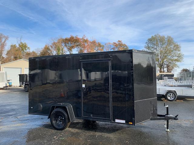 Diamond Cargo 6X10 Enclosed Cargo Trailer Black w/Blackout Package