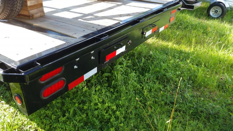 Big Tex 8.5' x 22' Deckover Equipment Trailer w/8' slide-in ramps