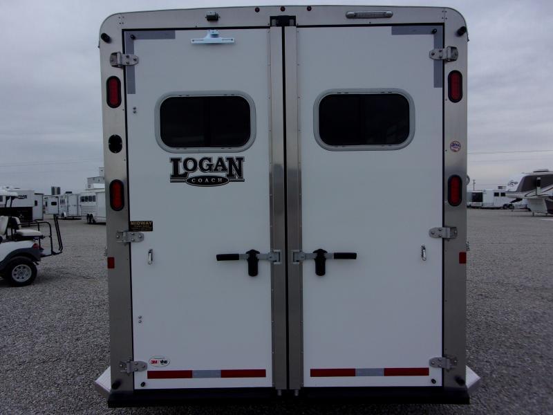2021 Logan Coach 3H Riot w/ Dress BP Horse Trailer