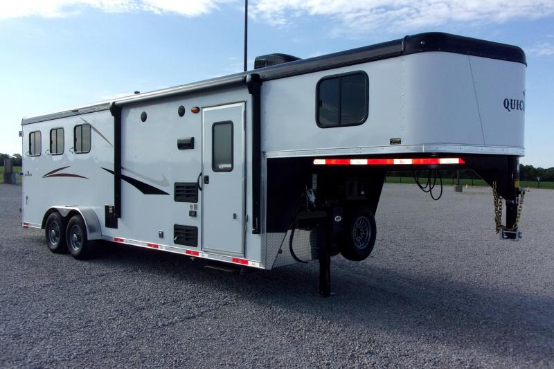 2022 Bison Trailers 7308 QuickDraw w/8'SW Enclosed Cargo Trailer