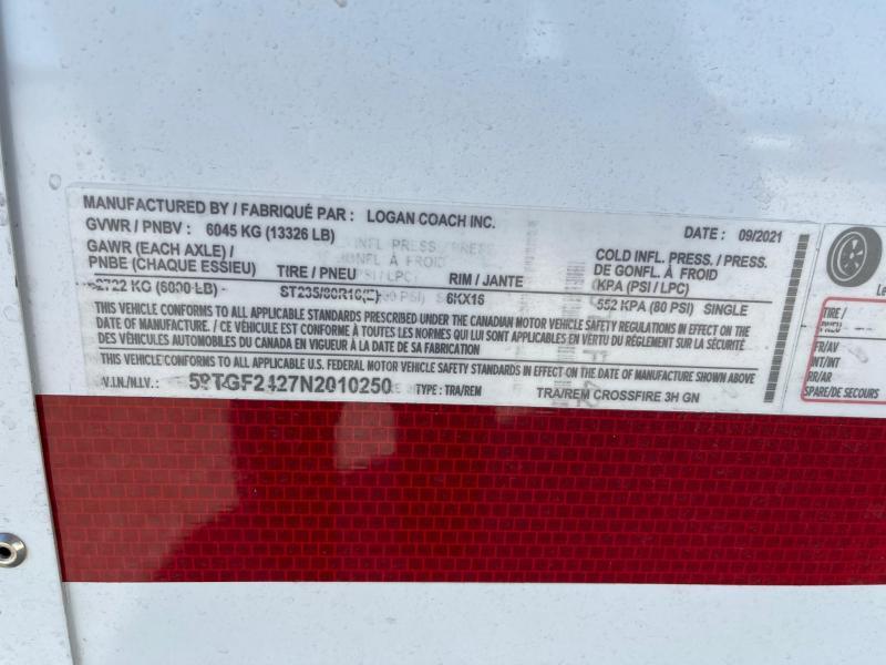 2022 Logan Coach 3H Crossfire w/ Dress GN Horse Trailer