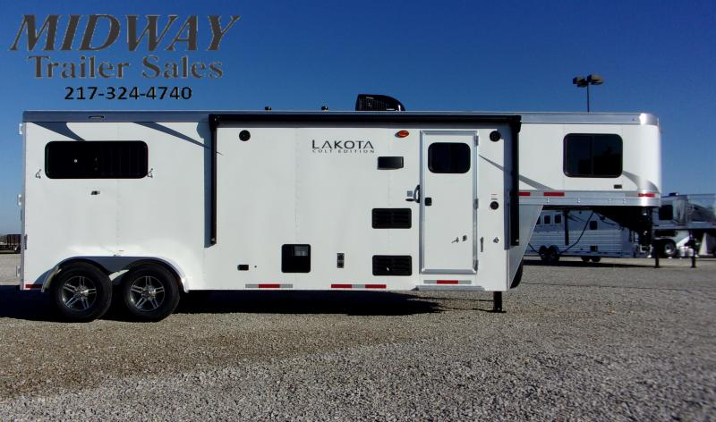 2021 Lakota Colt AC39 2H 9' SW & LQ GN Horse Trailer