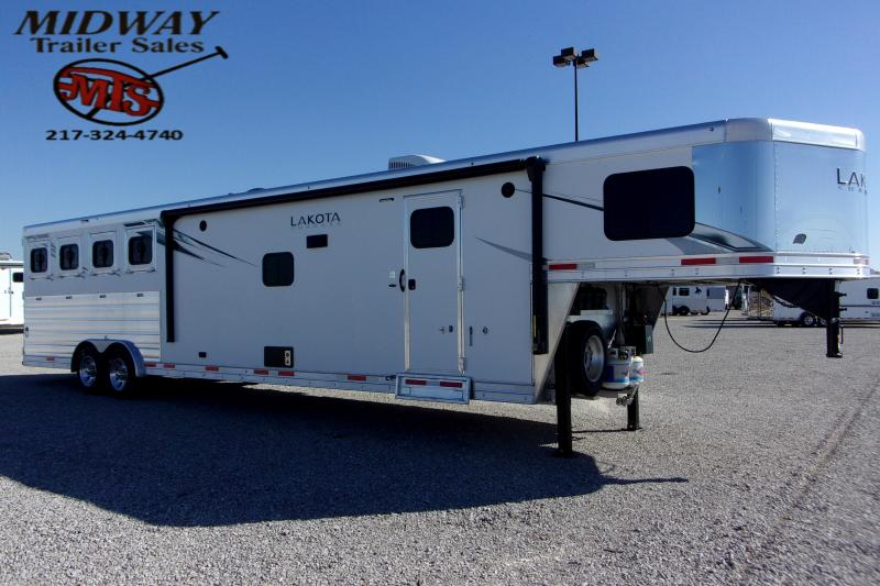 2021 Lakota Charger 8415 4H w/15' SW & Slide LQ GN Horse Trailer