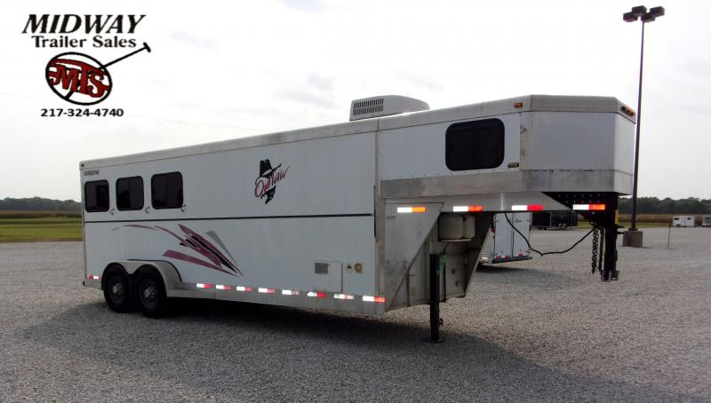 2002 Travalong 3H w/ 6' SW LQ GN Horse Trailer