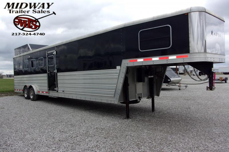 2013 Keifer Built 6H W/4' Dress GN Horse Trailer