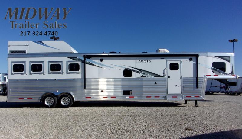 2021 Lakota Bighorn Horse Trailer