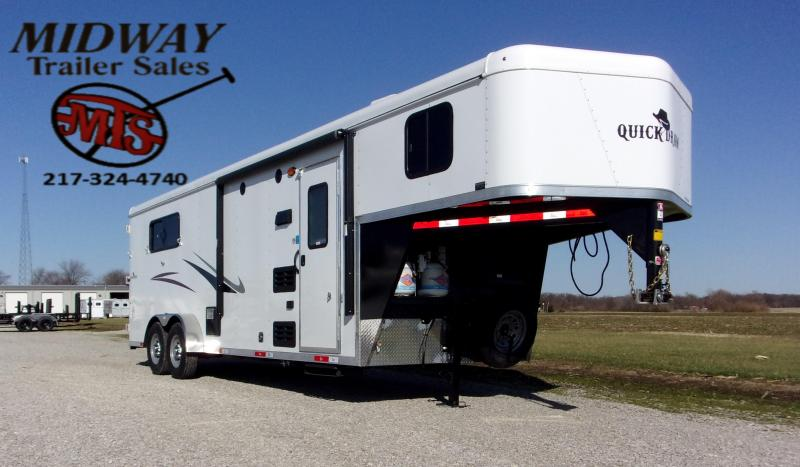 2021 Bison Trailers 7308 Quick Draw w/8' SW LQ GN Horse Trailer
