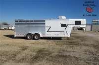 2000 Cherokee 4H Stock Combo w/ 4'SW Front Dress Horse Trailer
