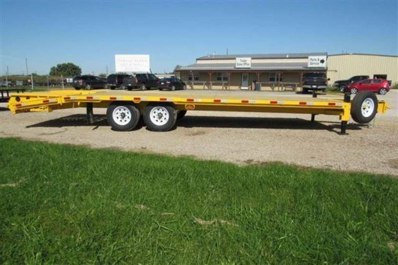 "2020 H and H Trailers 82"" x 25' Deckover Bobcat Trailer"