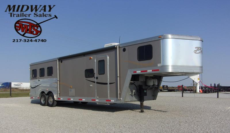 2011 Bison Trailers 8310 Stratus Exp Horse Trailer