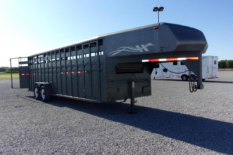 2006 Hillsboro Industries 24' Stock Trailer Horse Trailer