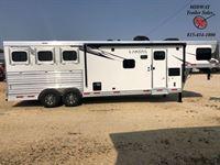 2021 Lakota C8311RK 3H w/11' SW & Slide GN Horse Trailer