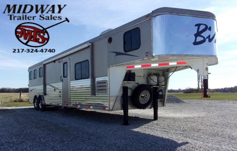 2012 Bison Trailers 3H 8314 w/14' SW 6'Slide GN Horse Trailer