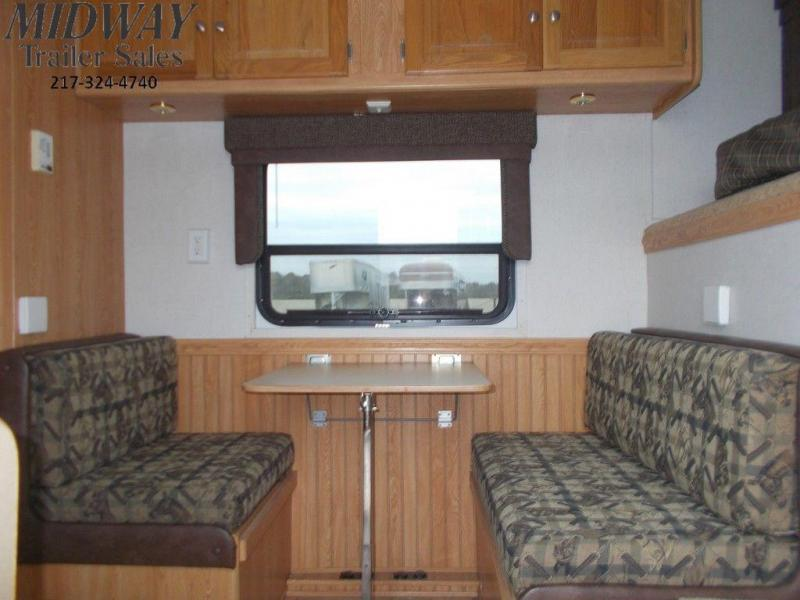 2004 Bison AlumaSport 8380 3H Trailer w/ 8' SW LQ GN
