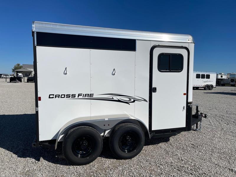 """2022 Logan Coach Cross Fire 2H w/36"""" Dress BP Horse Trailer"""
