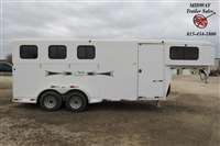 2008 Titan Trailers Avalanche 3H GN w/ 4' SW Front dress Horse Trailer