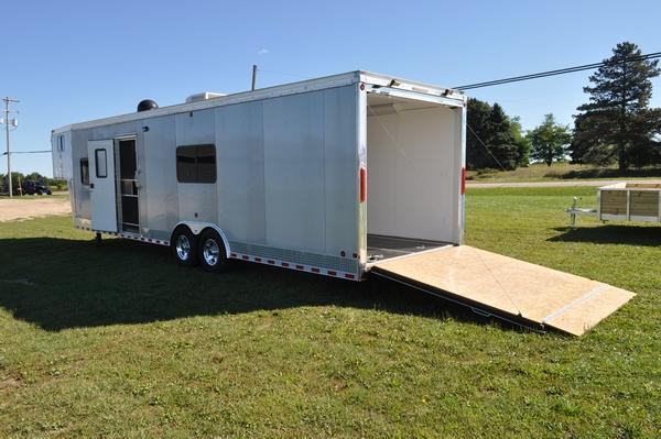 2011 Middlebury Trailers 8.5 x 38 Gooseneck LOADED Enclosed Cargo Trailer