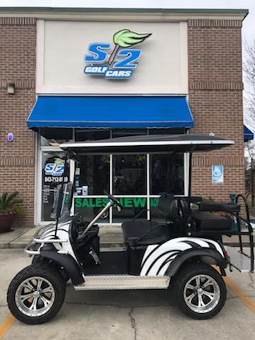 2009 E-Z-GO 4 seat lifted Golf Cart