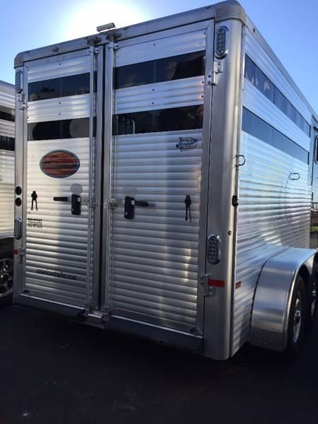 2021 Sundowner Super Sport 3 Horse Trailer