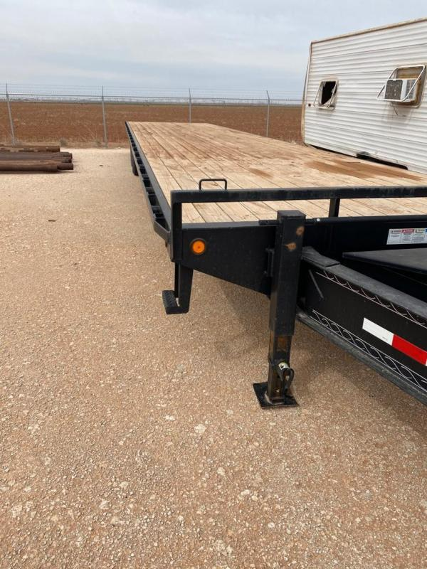 2014 PJ Trailers 40' Flatbed Trailer