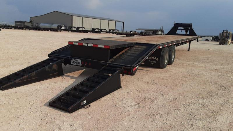 "2014 Lamar 102""x40' Equipment Trailer"