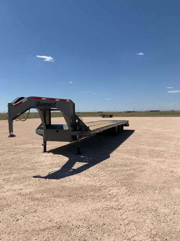 "2020 Diamond C Trailers 102"" x 32' Goose-Neck Trailer"