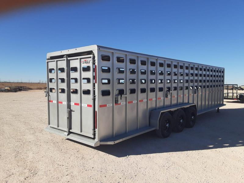 2021 Maxxim Industries 32x6.67 Livestock Trailer