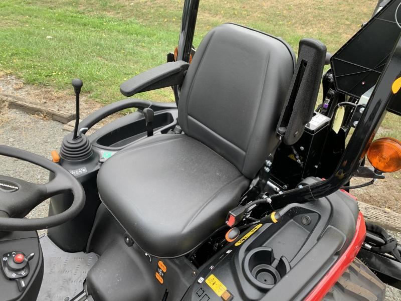 2020 YANMAR SA424 wtih FRONT LOADER and BACKHOE Tractor