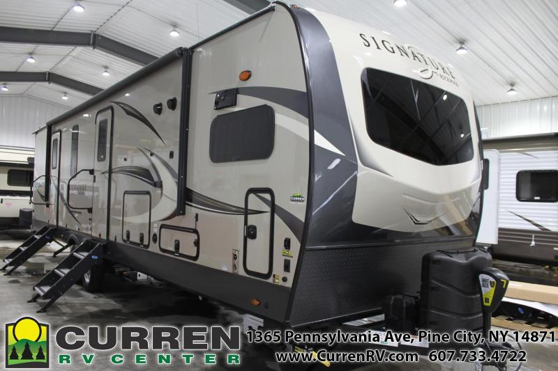 2020 Forest River Inc. ROCKWOOD 8335SB Travel Trailer