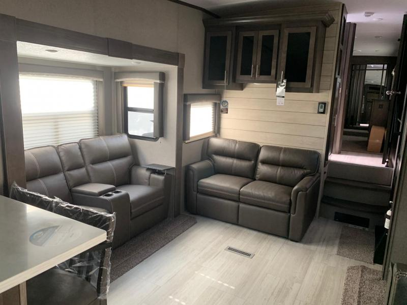 2021 Forest River ROCKWOOD SIGNATURE ULTRA LITE 8291RK Fifth Wheel Camper