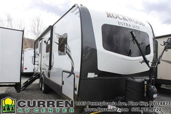 2019 Forest River Inc. ROCKWOOD Ultra Lite 2609WSD Travel Trailer