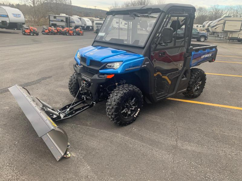 2021 CFMOTO UFORCE 1000 Utility Side-by-Side (UTV) - WINCH - ALLOY WHEELS - POWER STEERING - FULL CAB ENCLOSURE WITH HEAT - WIPER AND WASHER - 72 INCH PLOW