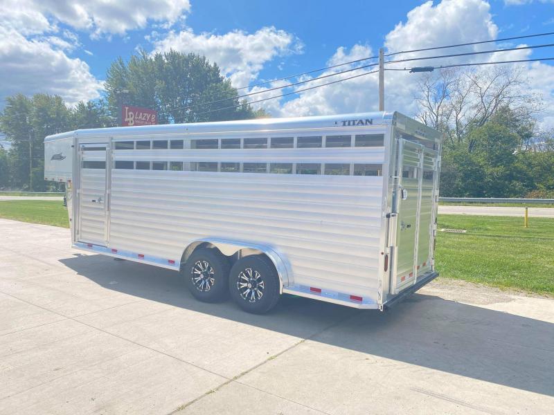 2021 Titan Trailers 20' Aluminum Gooseneck Livestock Trailer