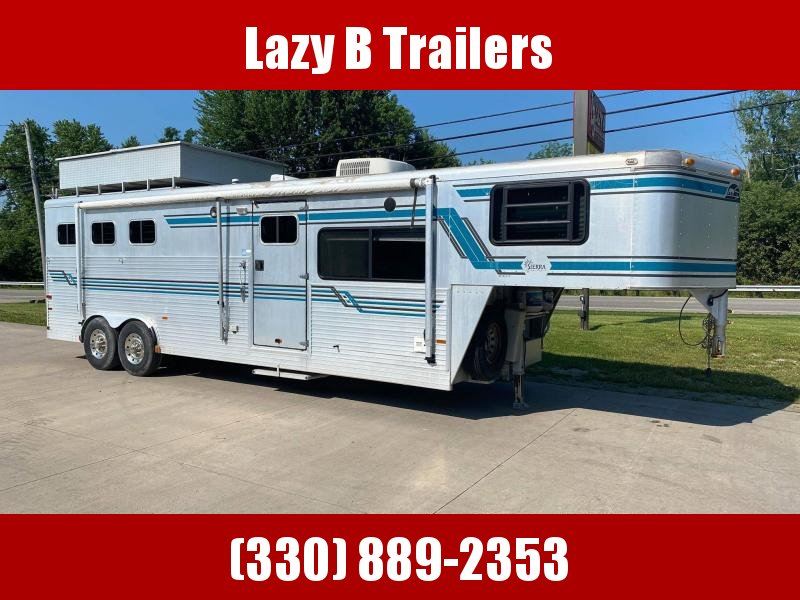 1995 Sundowner Trailers 3 Horse Living Quarters Horse Trailer
