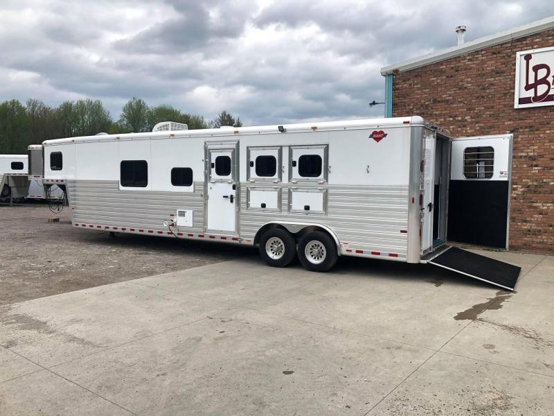 2020 Hart Trailers 3-Horse w/ 14' Custom Front Bathroom LQ Horse Trailer