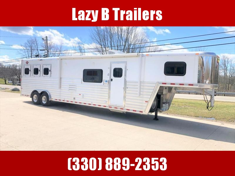 2020 Hart Trailers 3-Horse w/ 14' Custom Front Bathroom LQ Horse Trailer